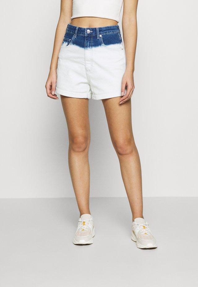 CLARA - Jeans Short / cowboy shorts - indigo