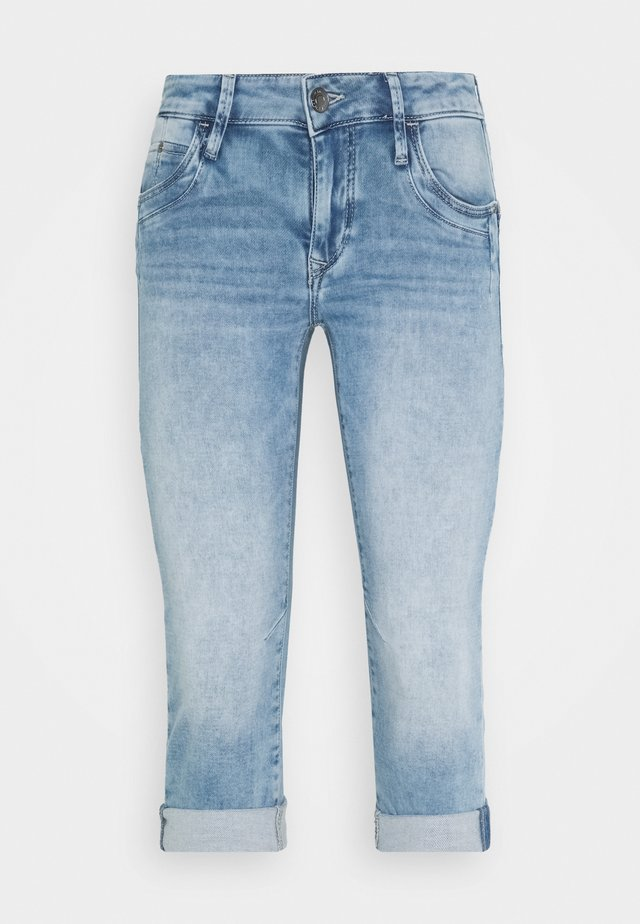 ALMA - Short en jean - light-blue denim