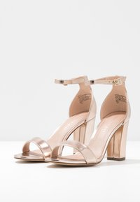 Madden Girl - BEELLA - Sandaler med høye hæler - rose gold - 4