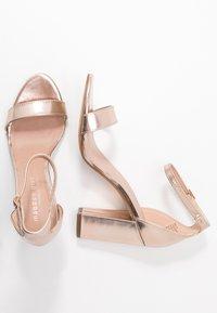 Madden Girl - BEELLA - Sandaler med høye hæler - rose gold - 3