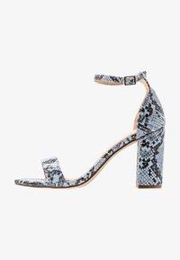 Madden Girl - BEELLA - Højhælede sandaletter / Højhælede sandaler - blue - 1