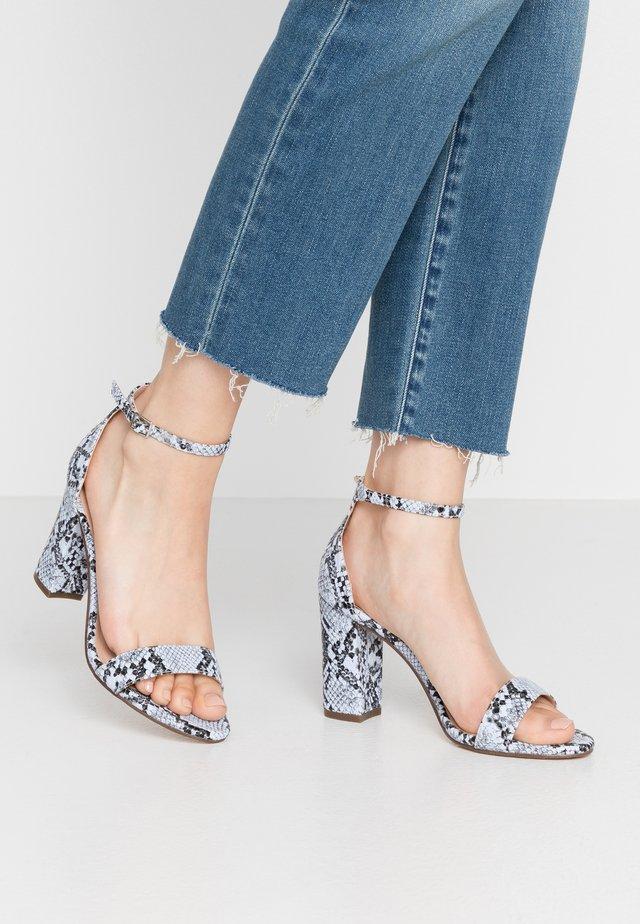 BEELLA - Højhælede sandaletter / Højhælede sandaler - blue