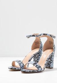 Madden Girl - BEELLA - Højhælede sandaletter / Højhælede sandaler - blue - 4