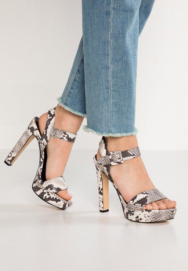 ROLLO - Sandalen met hoge hak - black/white