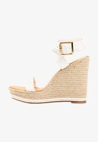 Madden Girl - NARLA - Korolliset sandaalit - white - 1