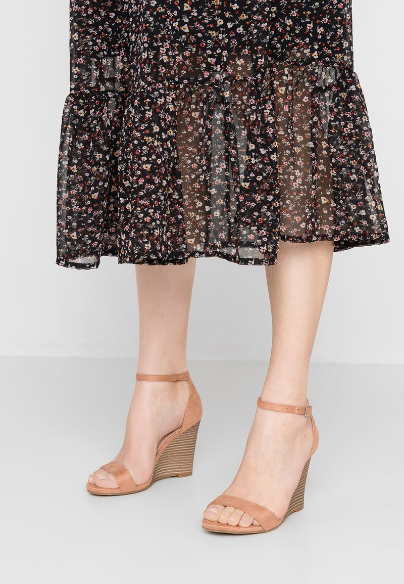 Madden Girl - WILLOOW - High heeled sandals - caramel