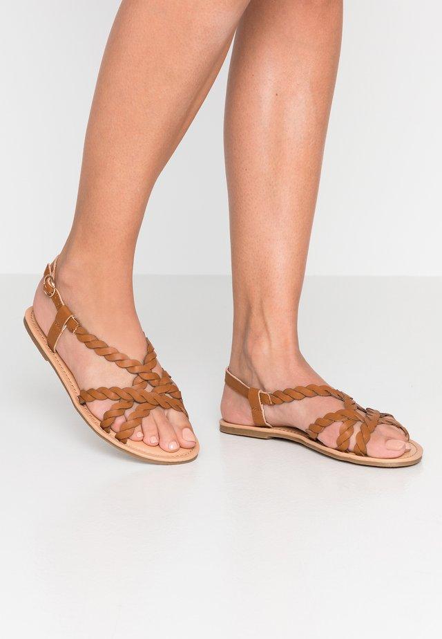FAIRLEE - Sandals - tan