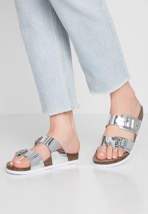 BRANDO - Chaussons - silver metal