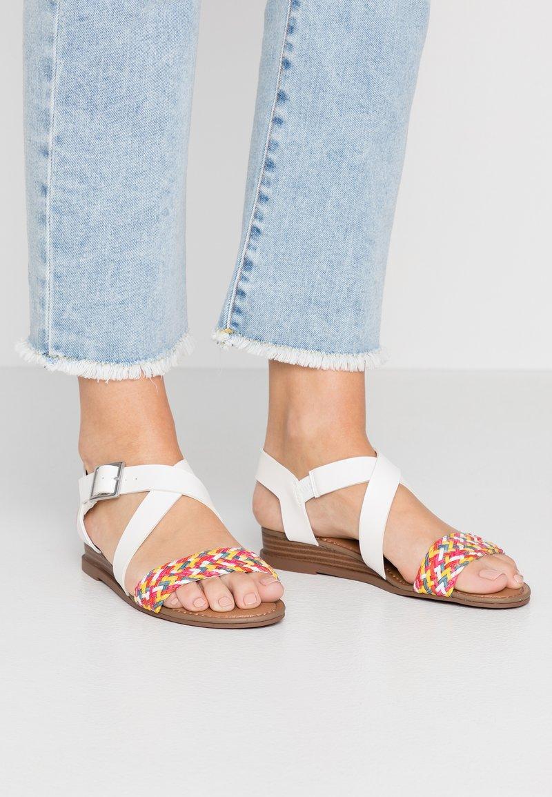 Madden Girl - CIARA - Sandaletter med kilklack - rainbow