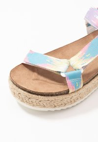 Madden Girl - CAMBRIDGE - Espadrille - pastel/multicolor - 2