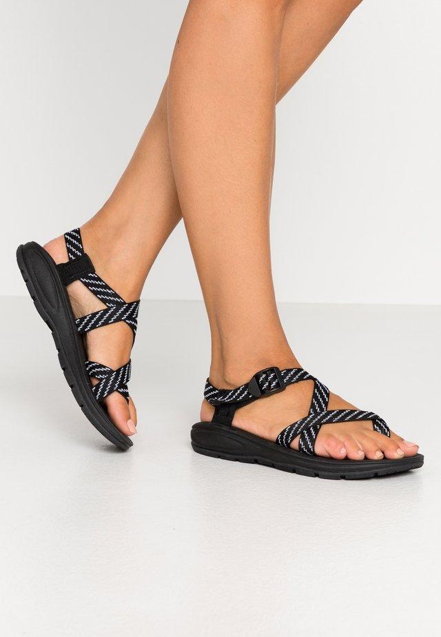 SUN - Sandály s odděleným palcem - black