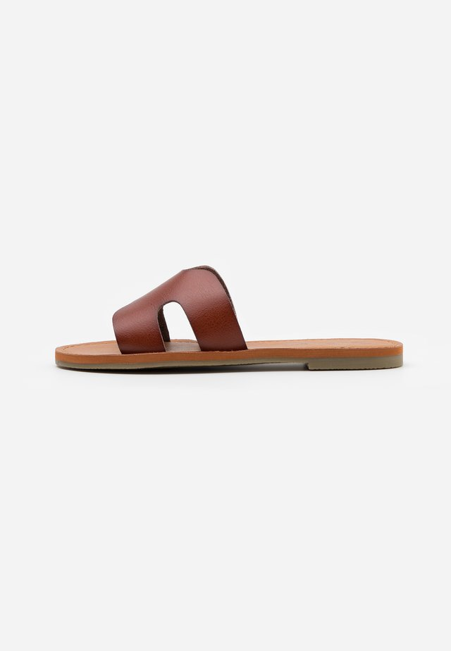 JULIANNA - Sandaler - cognac paris
