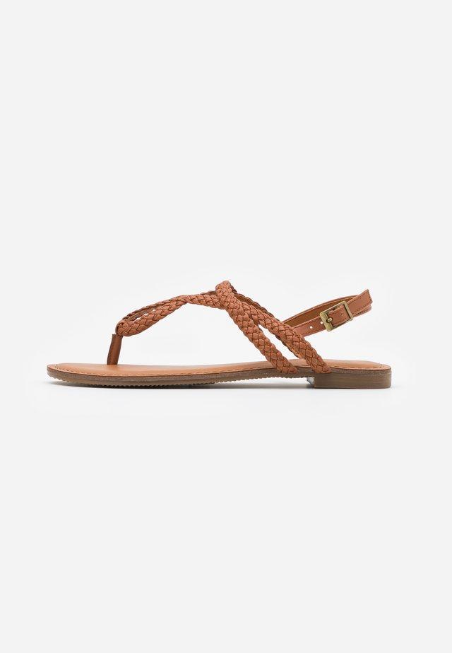 ARIAA - T-bar sandals - cognac paris