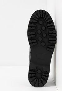 Madden Girl - MINTY - Šněrovací boty - black - 6