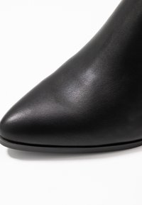Madden Girl - DAFNII - Classic ankle boots - black - 2