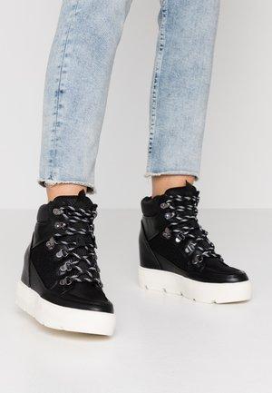 NEGAN - Sneakersy wysokie - black