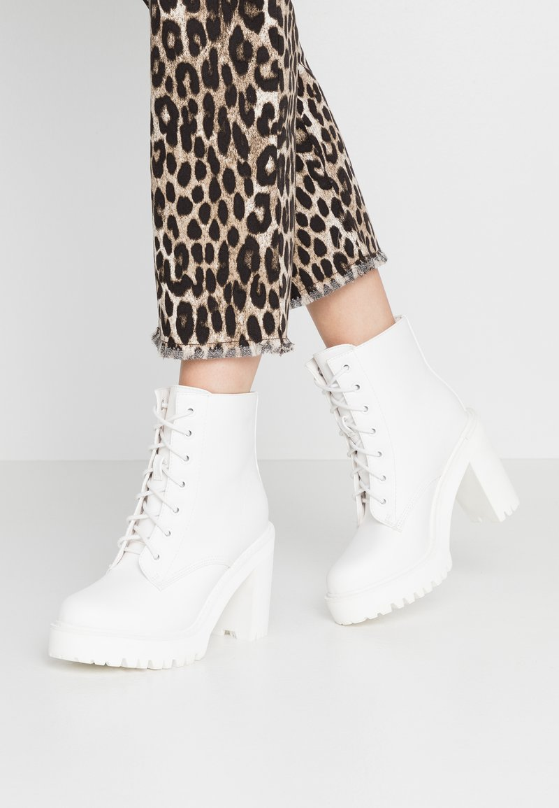 Madden Girl - ARCHIEE - High heeled ankle boots - white
