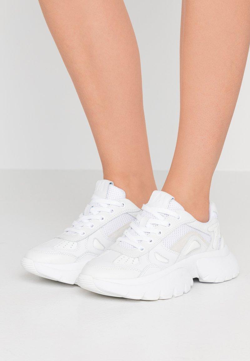 maje - Sneakers laag - blanc