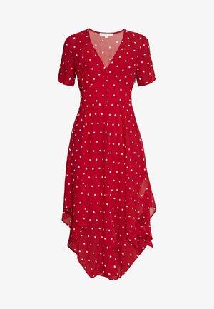RAOLA - Vapaa-ajan mekko - rouge