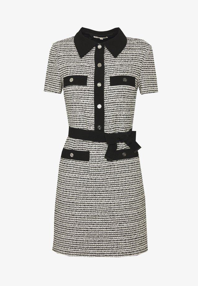 RENALA - Sukienka koszulowa - noir/blanc