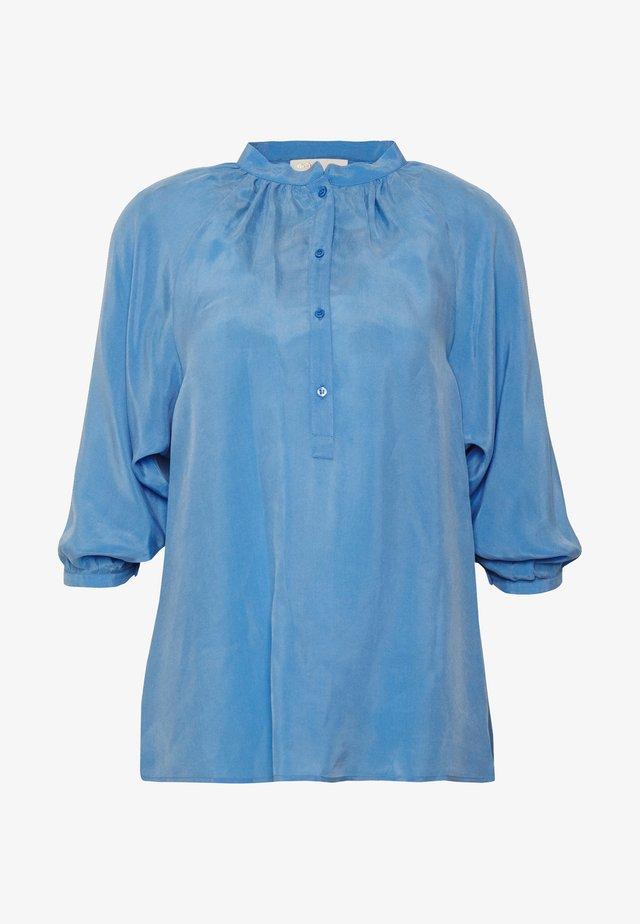 LUA - Bluser - bleu clair