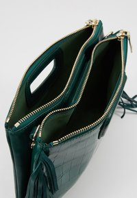 maje - Håndtasker - vert - 3