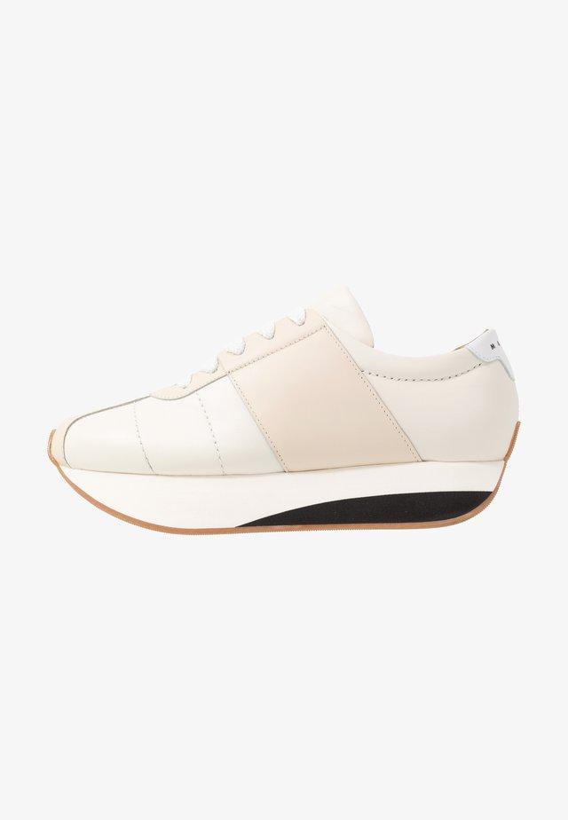 Sneakers laag - stone white/white