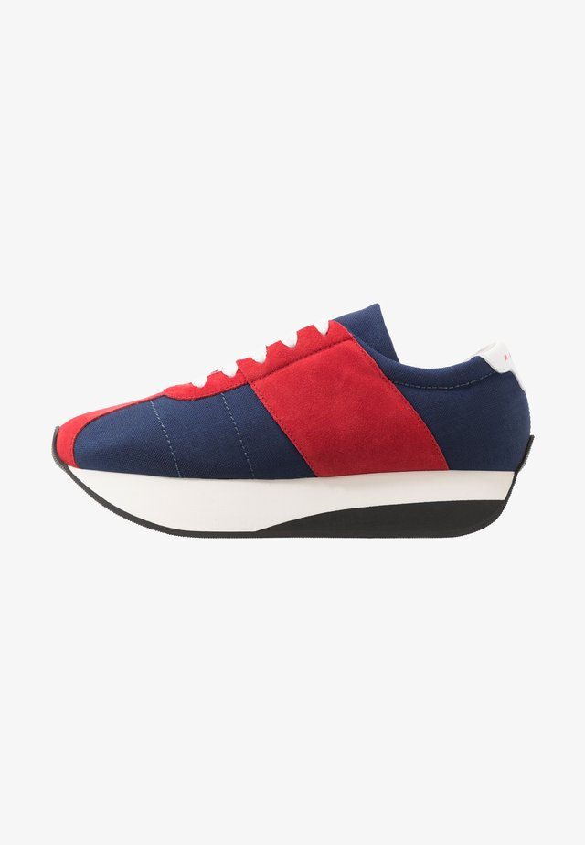 Sneakers laag - red/blue