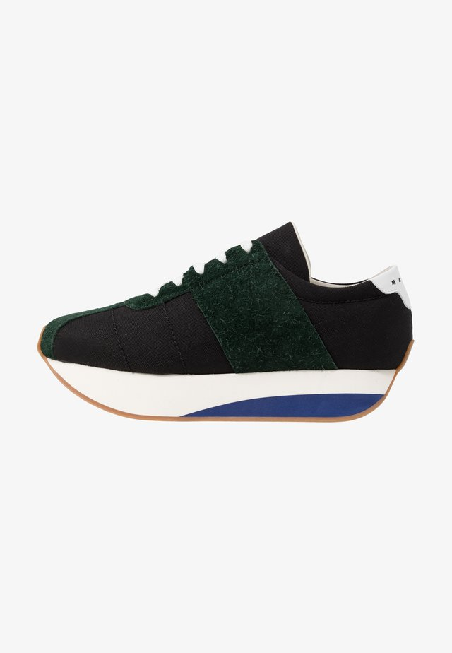 Sneakers - black/cypress