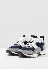 Marni - Sneakers - blue - 2