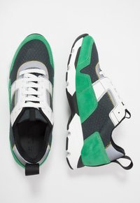 Marni - Sneaker low - platino/spring green - 1