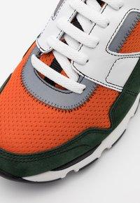 Marni - Sneakers - fluo orange/dark petrol - 3