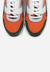 Marni - Sneakers - fluo orange/dark petrol - 5