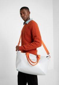 Marni - Shopping Bag - frost - 1