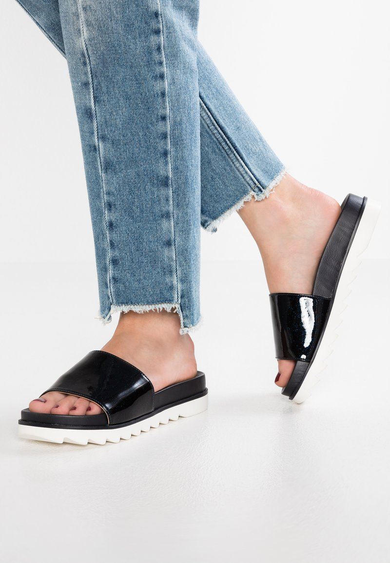 Mariamare - ABY - Mules - purp navy/feathers navy