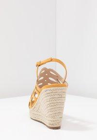 Mariamare - Korolliset sandaalit - mostaza - 5