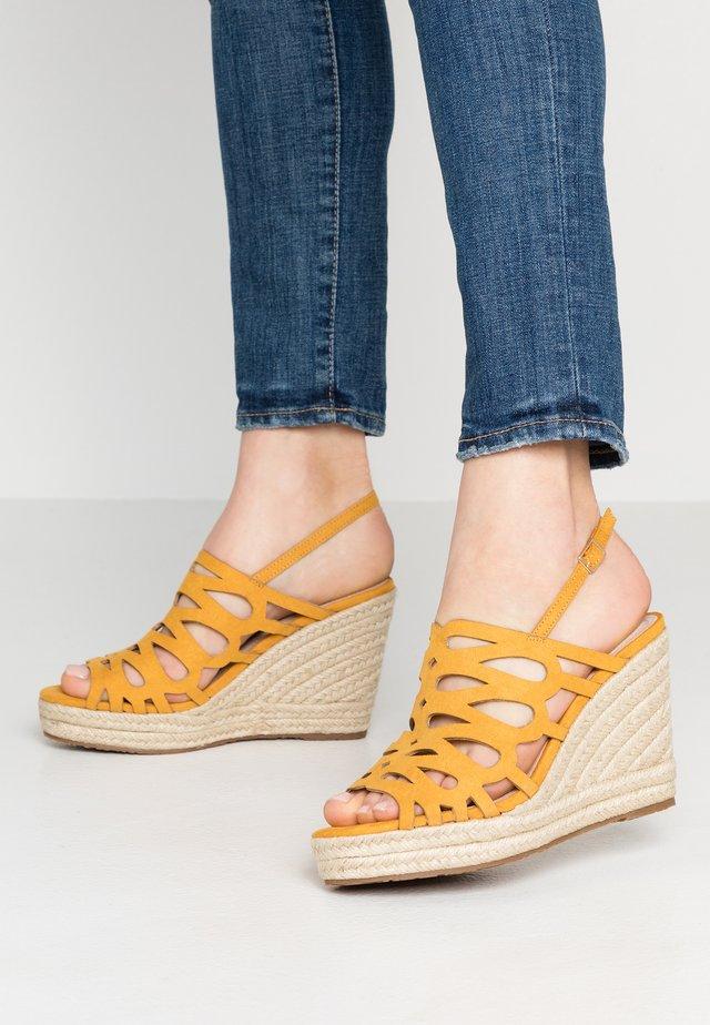 Sandaletter - mostaza