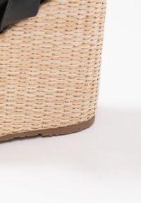 Mariamare - Korolliset sandaalit - black - 2