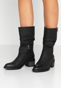 Mariamare - SIRA - Støvler - tango black - 0