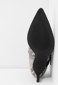 Mariamare - NORA - Ankle boots - stone - 6