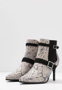 Mariamare - NORA - Ankle boots - stone - 4
