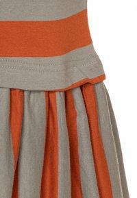 Mainio - Vestido ligero - bombay brown/seagrass - 2