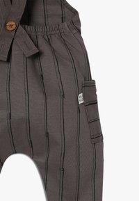 Mainio - STICKS SALOPETTE - Kalhoty - charcoal grey - 3