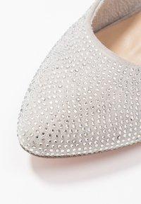 Marcel Ostertag x Tamaris - High heels - silver glam - 2