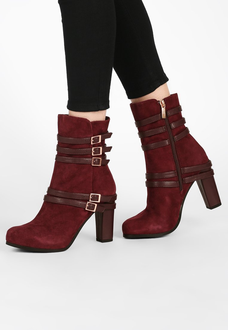 Marcel Ostertag x Tamaris - High heeled ankle boots - merlot