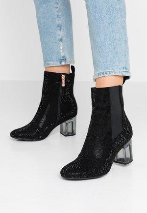 Stiefelette - black glam