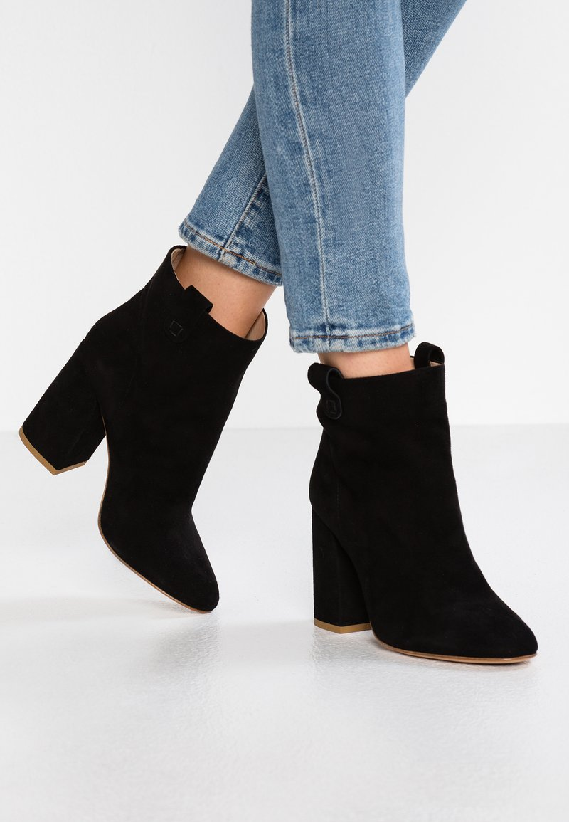 MA&LO - Kotníková obuv na vysokém podpatku - amalfi nero