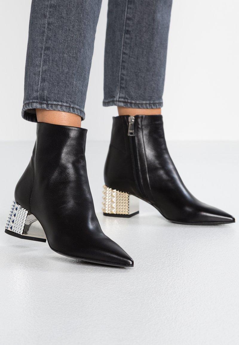 MA&LO - Kotníkové boty - nero