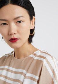 Maria Black - TOVE MEDIUM EARRING - Orecchini - gold-coloured - 1