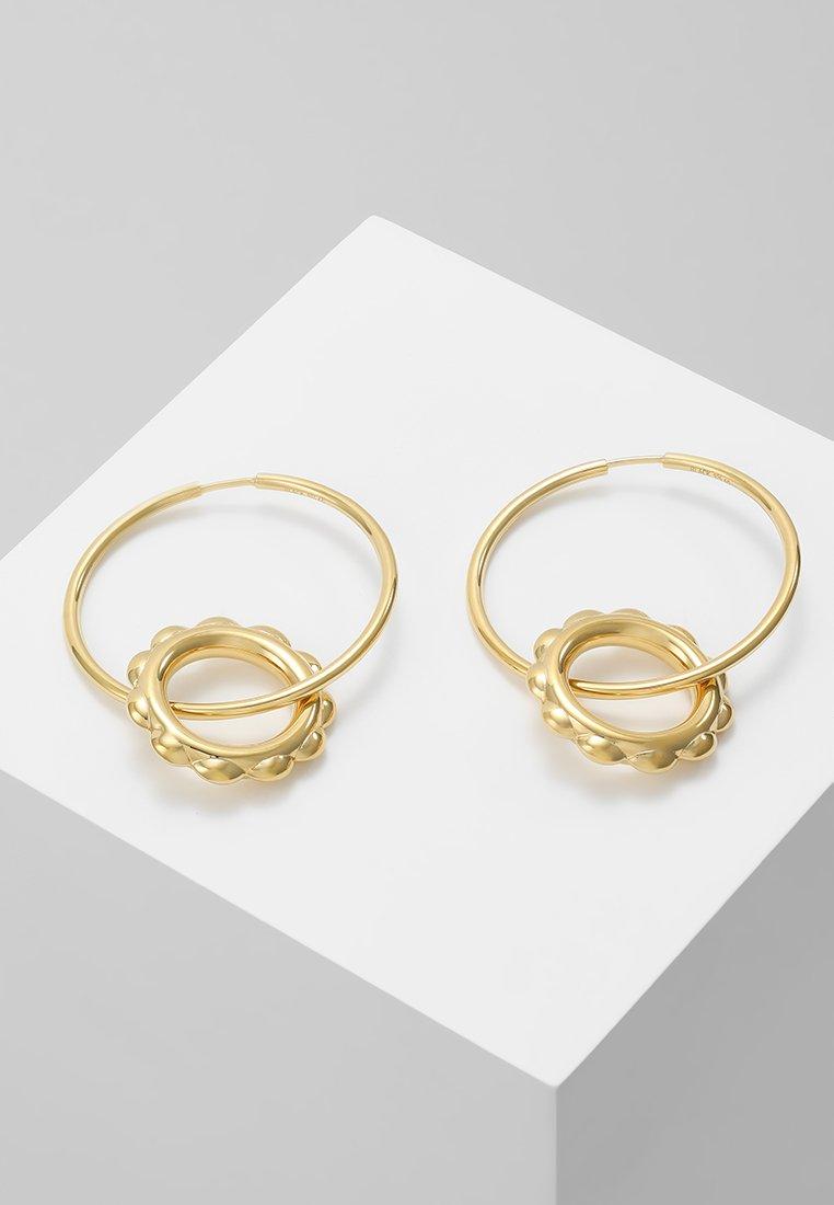 Maria Black - SENORITA HOOP PAIR POPPY CHARM - Earrings - gold-coloured